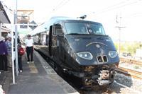 黒の車体に豪華内装、美味堪能 16日から運行のJR九州「36ぷらす3」乗車ルポ