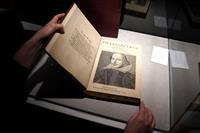 シェークスピア全集、競売で10億円 文学作品で最高額