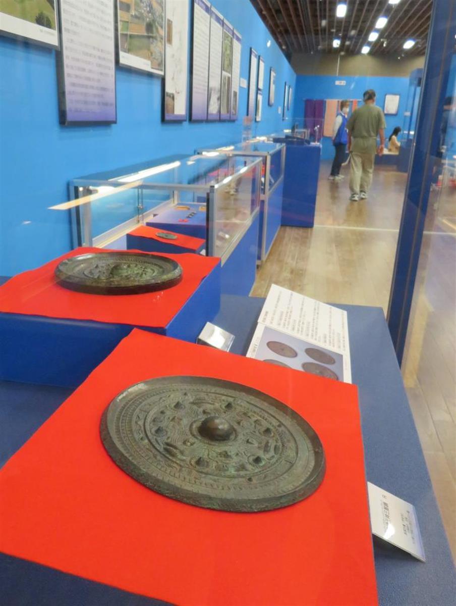 三角縁神獣鏡や銅鐸など241件展示 佐賀で邪馬台国…