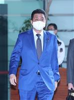 岸防衛相、就任後初の沖縄訪問 「中国の活動は拡大、活発化」