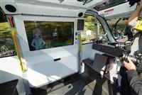 【動画】透明ディスプレーのアバターがガイド パナソニックなどが自動運転EV