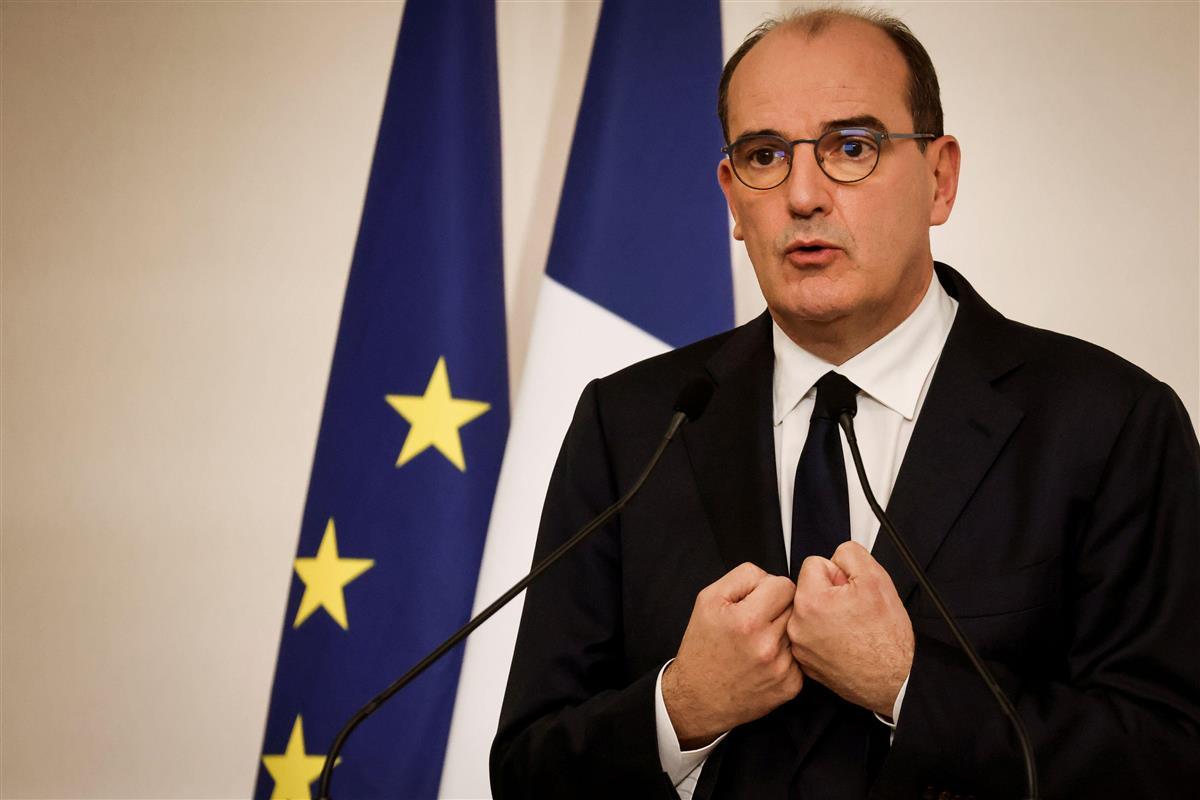 仏、外出禁止令を人口の70%に拡大 1日で4万人超感染