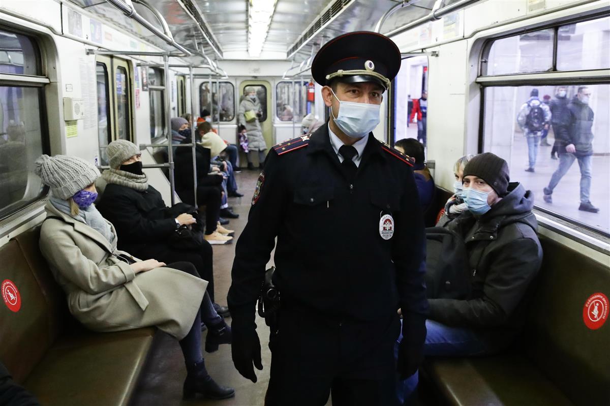 ロシア第2波、感染最悪に 厳しい経済制限は控える