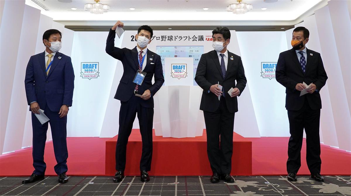 抽選は三度目の正直 近大・佐藤を引き当てた阪神矢野監督