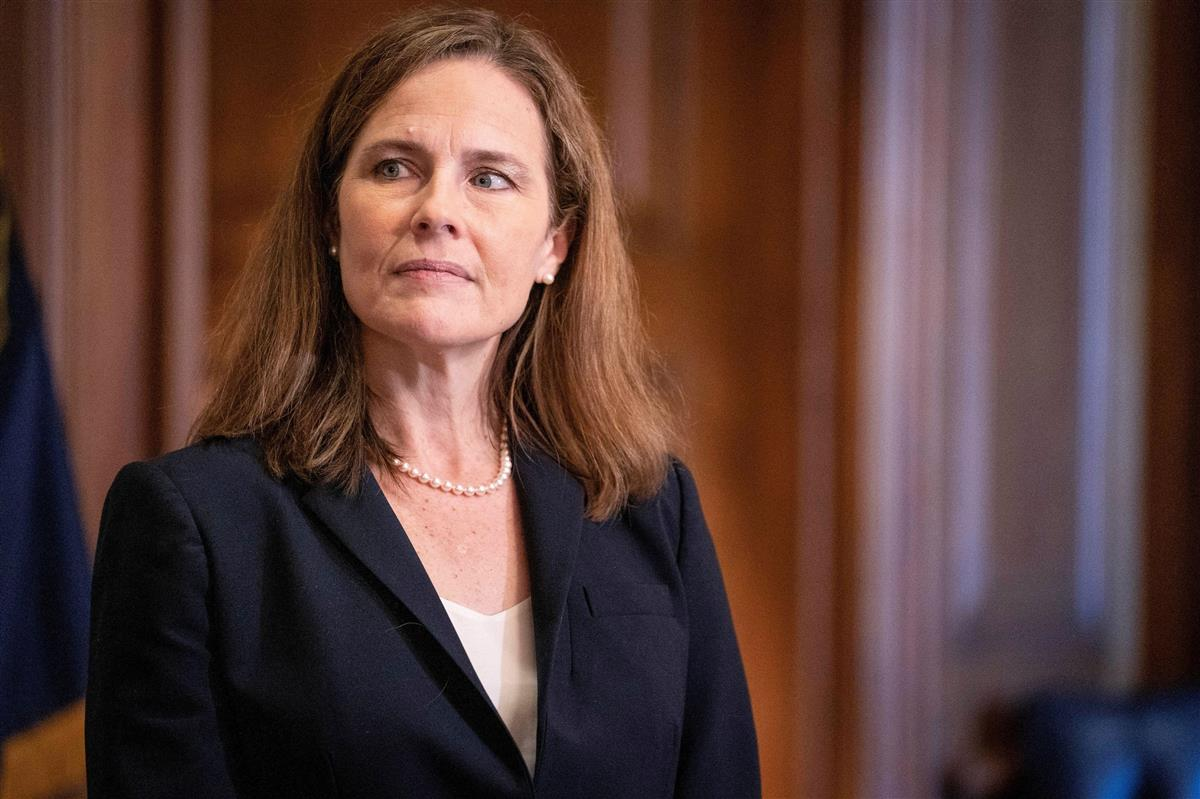 米最高裁判事にバレット氏就任 近く執務開始