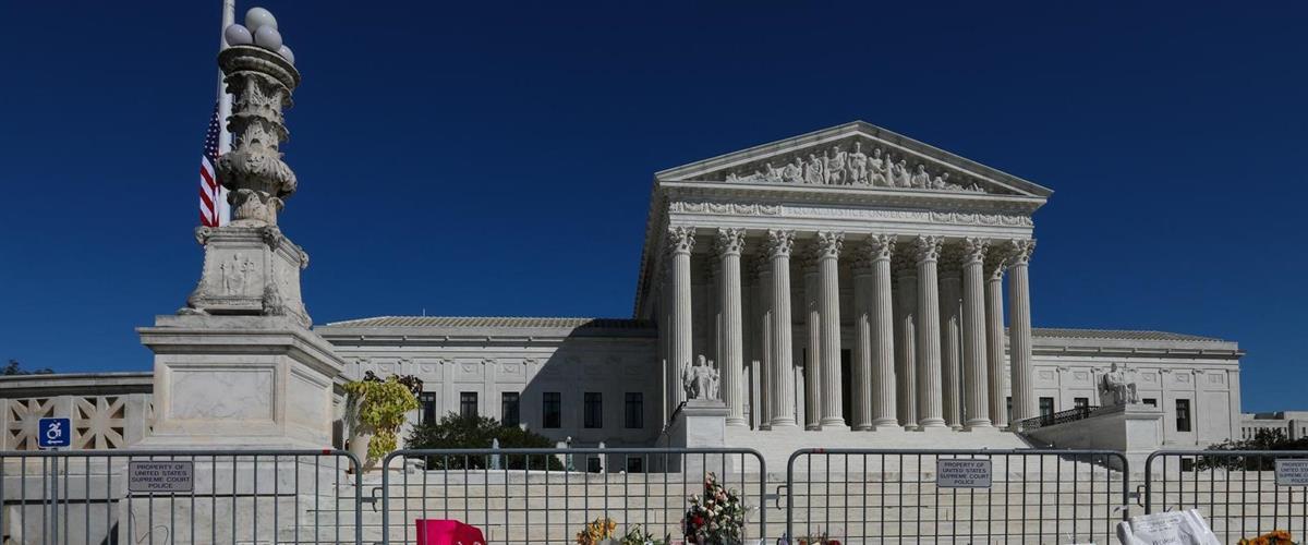 激戦州で郵便投票の期限延長を認めず 米最高裁