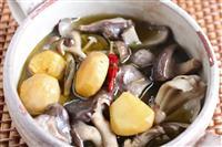 【料理と酒】小豆島のオリーブオイル煮 栗とキノコと砂肝のコンフィ