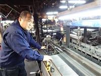 日用雑貨から電子部品まで活躍する金網 中国製品に打ち勝つ技術力 大阪・松原