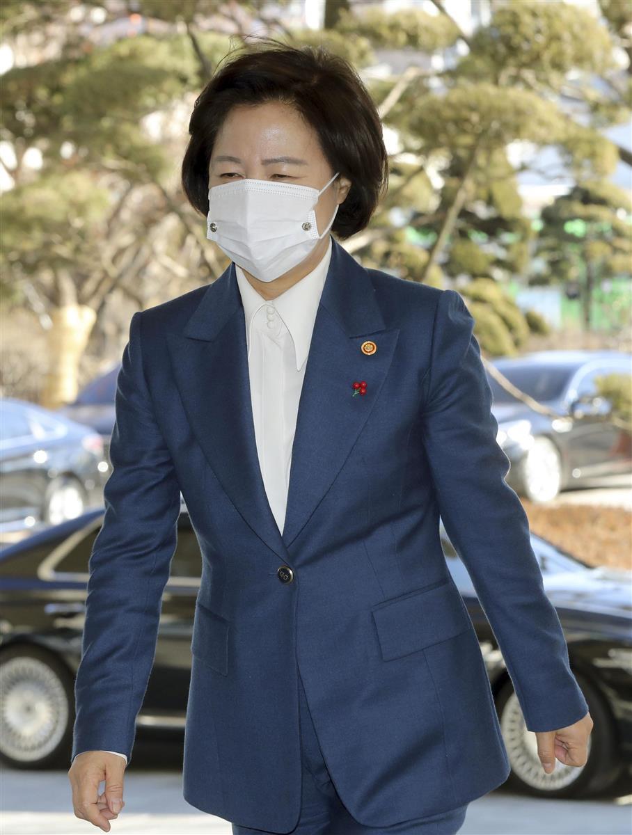 韓国法相が辞意 検事総長停職で検察との泥仕合に幕引きか - 産経ニュース
