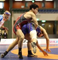 屋比久が2連覇、園田V7 レスリング全日本選手権