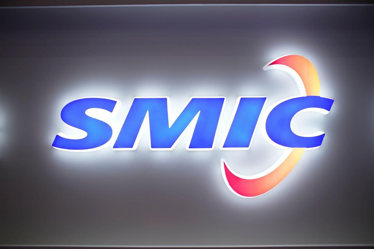 中国の半導体受託製造大手SMICのロゴ=10月14日、上海(ロイター)