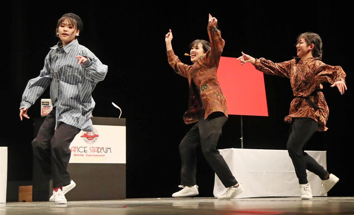 ダンス部選手権 西日本大会 府立山本高のチーム優勝