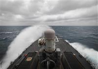 米海軍ミサイル駆逐艦が台湾海峡通過 中国を牽制