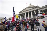 トランプ支持者が議会議事堂に侵入 バイデン氏勝利確定に反発