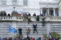 「暴力は勝利しない」 ペンス米副大統領らが議会占拠を非難
