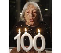 最高齢メダリストが100歳に ユダヤ人虐殺生き抜く