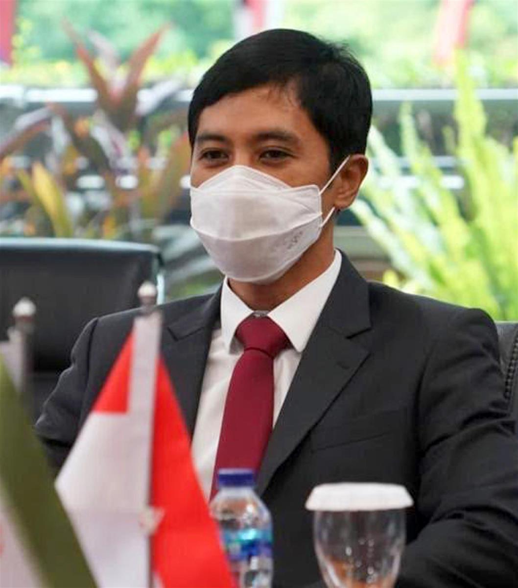 山梨大出身の医師がインドネシア保健副大臣に コロナ対応、恩師…