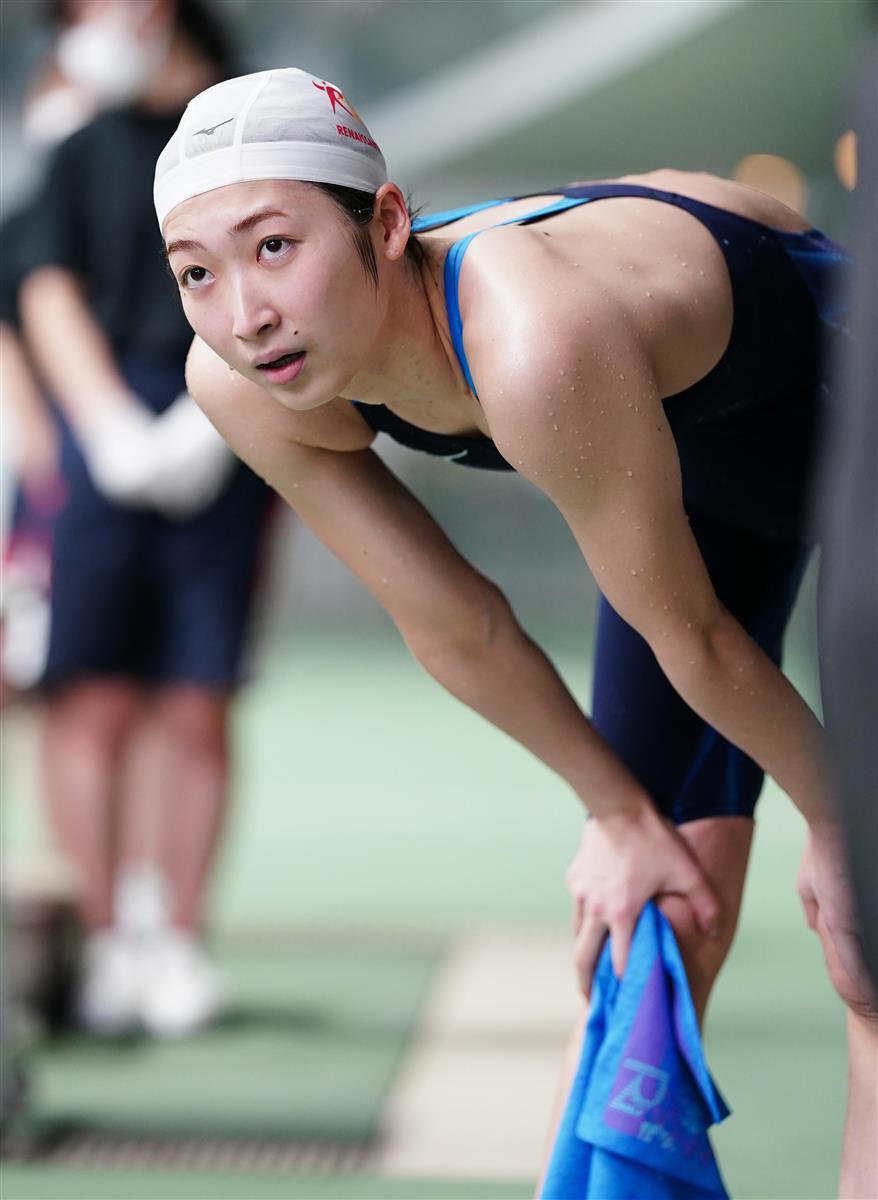 女子100メートル自由形決勝、レースを終え息を整える池江璃花子=23日、東京辰巳国際水泳場(代表撮影)