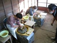 コロナ禍で静かなブーム 陶芸教室、若者中心に参加者倍増