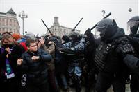 米、ロシアのデモ弾圧非難 「過酷な戦術」釈放要求