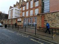 英ロックダウン 学校再開は最低でも3月8日から ジョンソン首相明かす