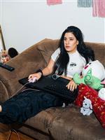 ソファーで快適にPCゲームを楽しむ方法は? 安楽なプレイ環境を真剣に考えてみた結果