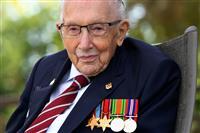 コロナ対策で寄付を集めた退役軍人死去 英雄の死に悲しみ広がる