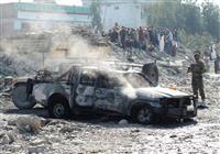 アフガン駐留米軍撤収見直しを 米超党派提言、延期に傾斜か