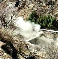 発電所トンネルに30~35人 インド氷河崩壊