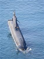 貨物船内、海水にじむ損傷 潜水艦衝突、塗料分析へ
