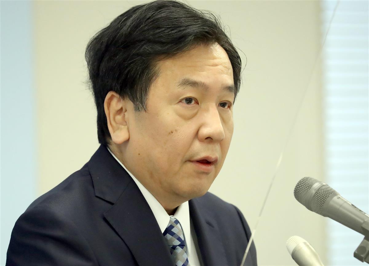 会見で記者団の質問に答える立憲民主党・枝野幸男代表=1月5日午後、国会内(春名中撮影)