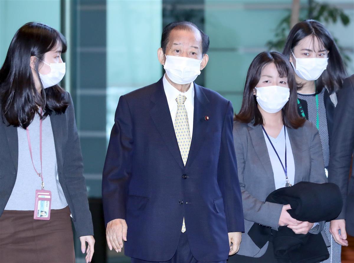 自民党・二階俊博幹事長=10日午前、首相官邸(春名中撮影)