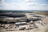 仏、パリ空港拡張計画中止、コロナ、地球温暖化対策で