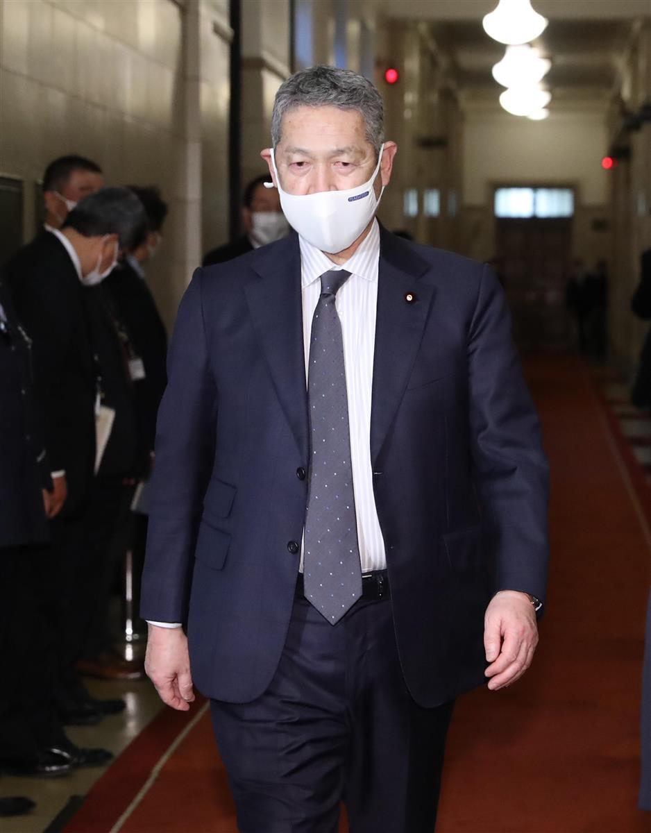 自民党・佐藤勉総務会長=15日午後、国会内(春名中撮影)