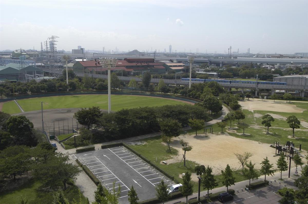 兵庫県尼崎市が阪神タイガース2軍本拠地の誘致を目指している小田南公園(同市提供)