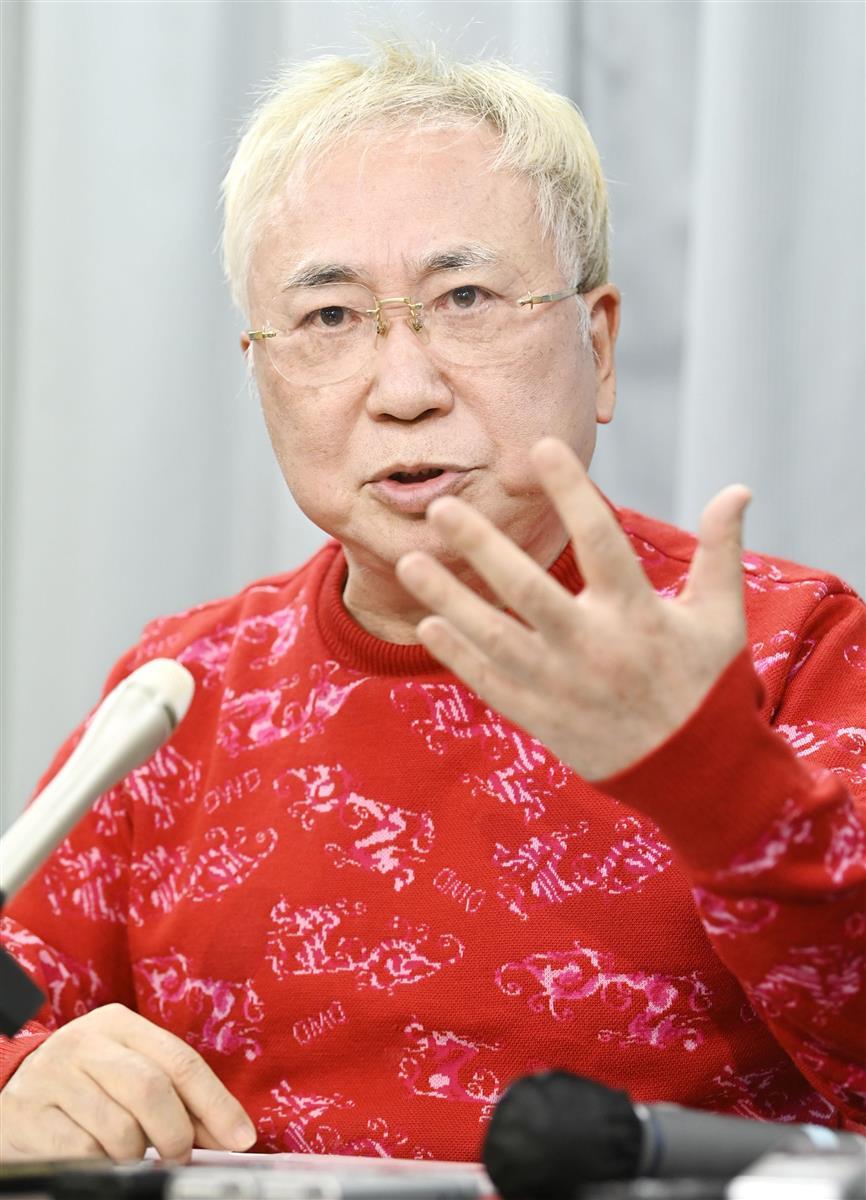 大村秀章愛知県知事のリコール運動署名偽造問題について記者会見する高須克弥院長=22日午後、愛知県庁