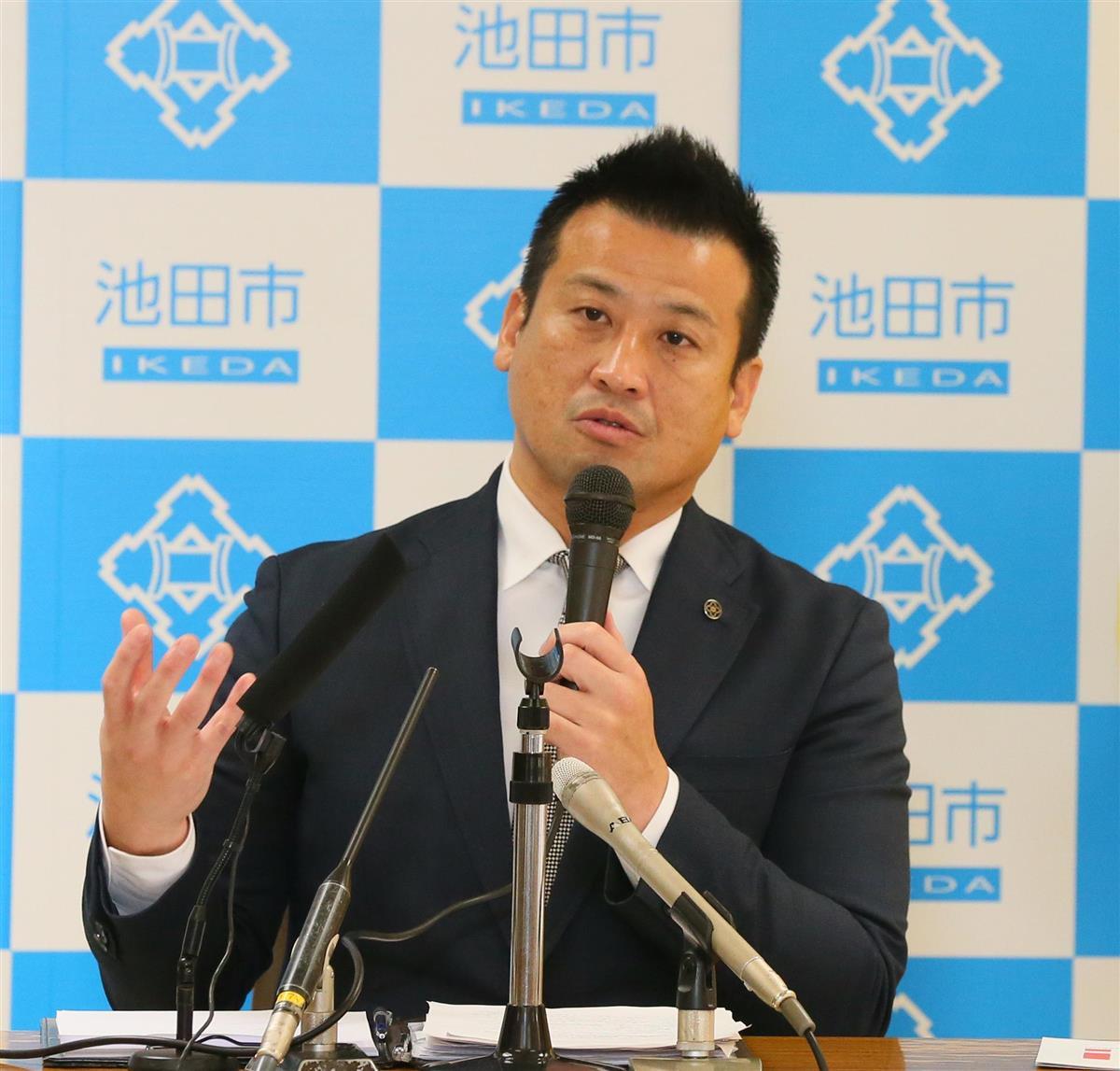 サウナ問題で百条委が大阪府池田市長を証人喚問 エアロバイクも…