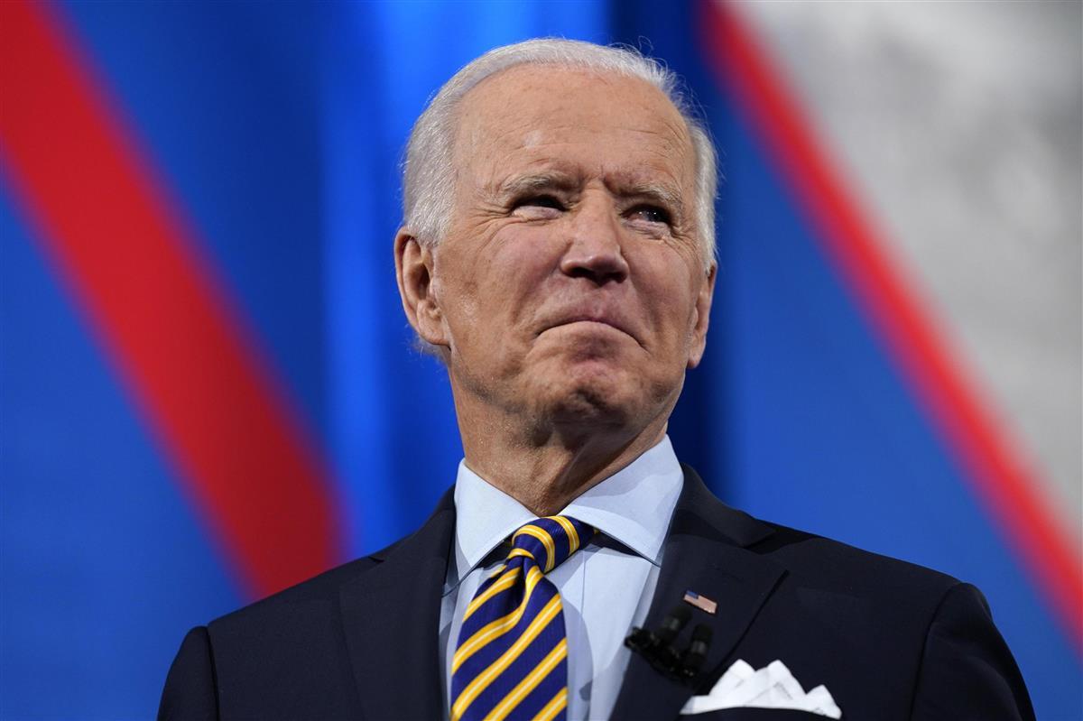 米ウィスコンシン州ミルウォーキーで対話集会に参加するバイデン大統領=16日(AP)