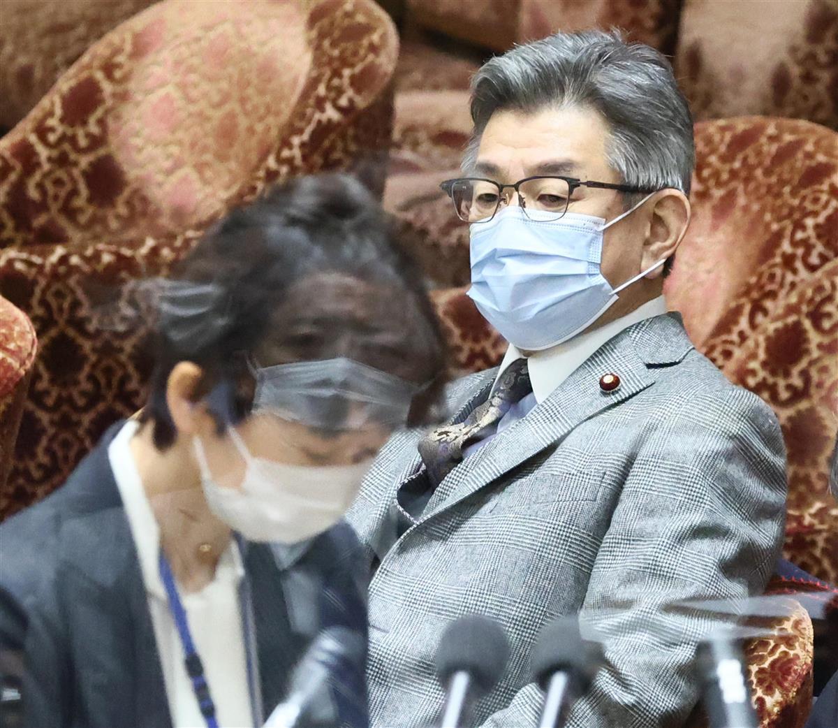 武田総務相が引責辞任否定 「率先して信頼回復に努める」