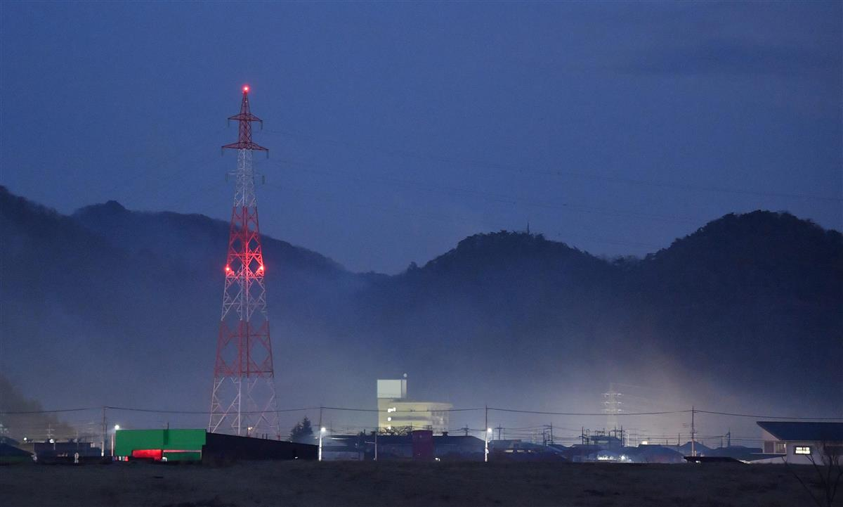 栃木・足利の山火事、消火再開 発生6日目、乾燥続く