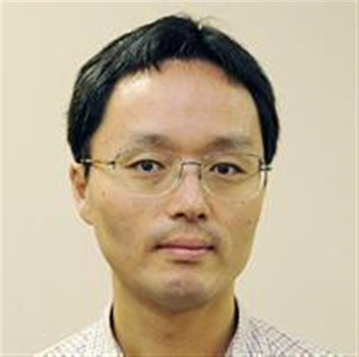 山田和貴雄七段。脳梗塞のため51歳で死去した。