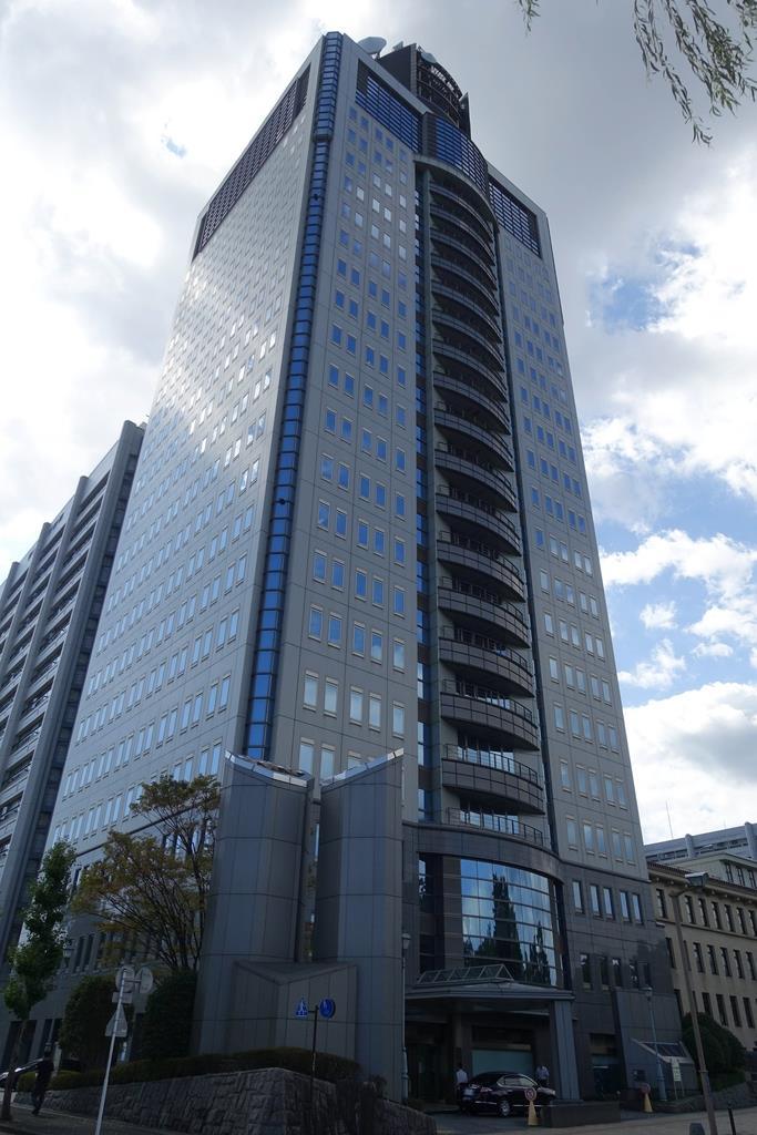 静岡県警本部が入るビル(那須慎一撮影)