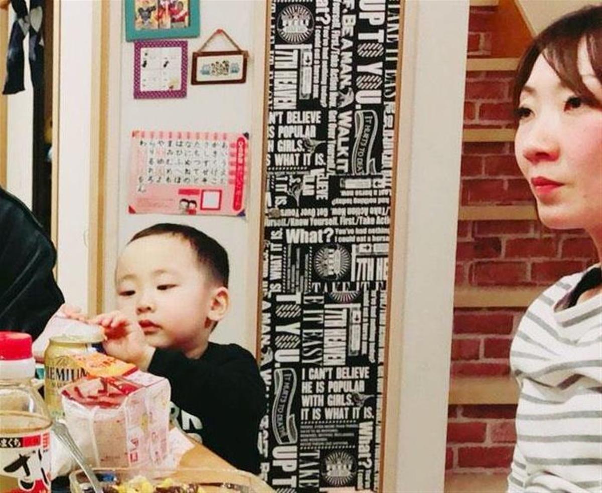 碇翔士郎ちゃん(左)と母親の利恵容疑者
