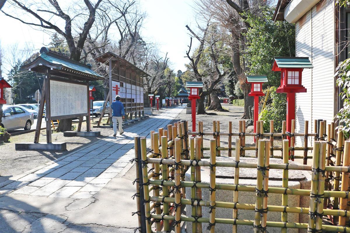 「らき☆すた」聖地の埼玉・鷲宮神社 倒壊した鳥居、今秋にも再…