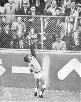 【話の肖像画】「世界の盗塁王」元プロ野球選手・福本豊(73)(12) 巨人を倒し満員の…
