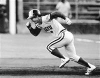 【話の肖像画】「世界の盗塁王」元プロ野球選手・福本豊(73)(13) 8ミリが捉えたお…