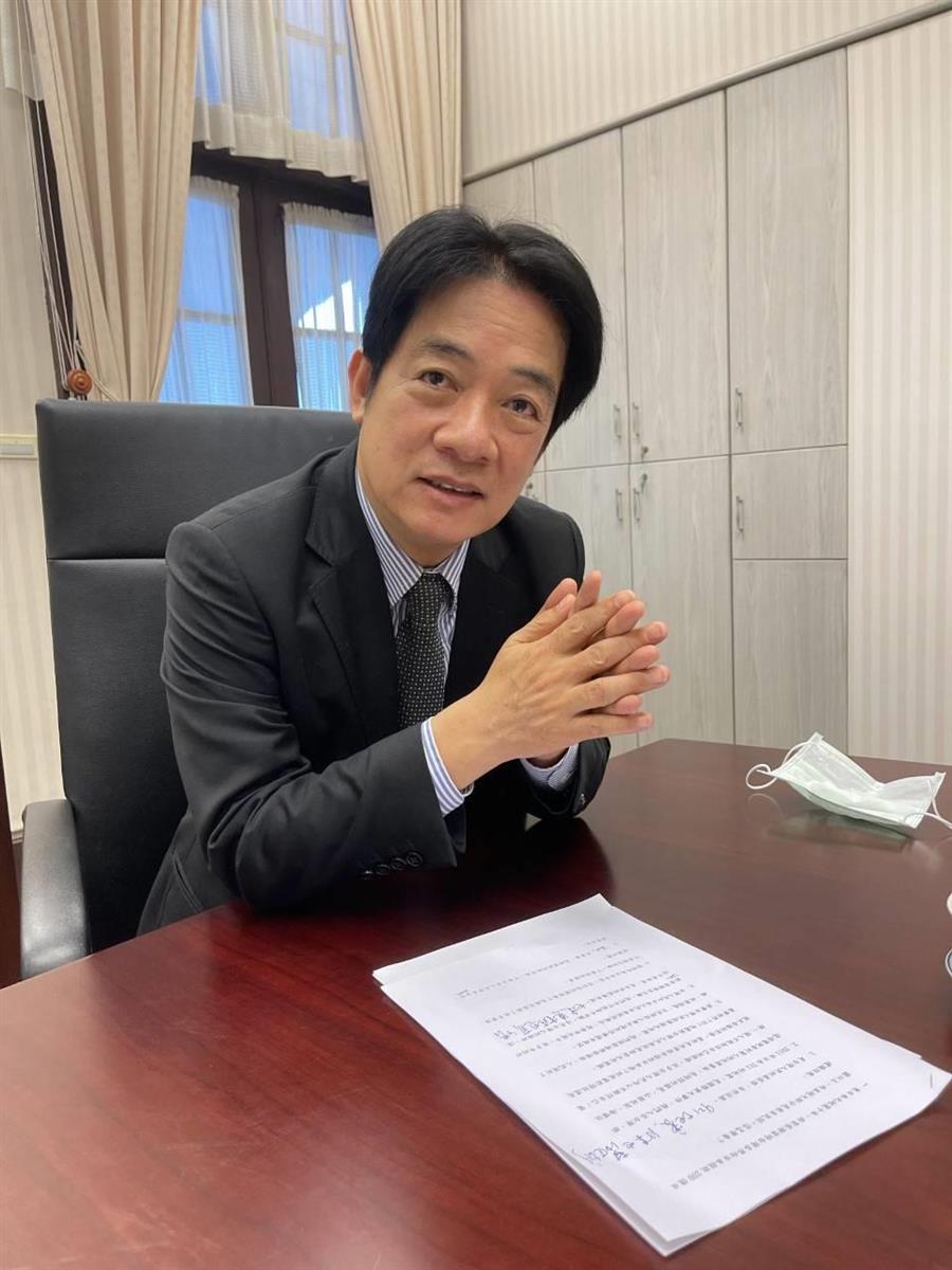 台湾の総統府内でインタビューに応じる頼清徳副総統(矢板明夫撮影)