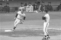 【話の肖像画】「世界の盗塁王」元プロ野球選手・福本豊(73)(21)巨人を倒し「真の日…