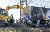 常磐線で電車と車衝突 脱線炎上、乗客約60人避難