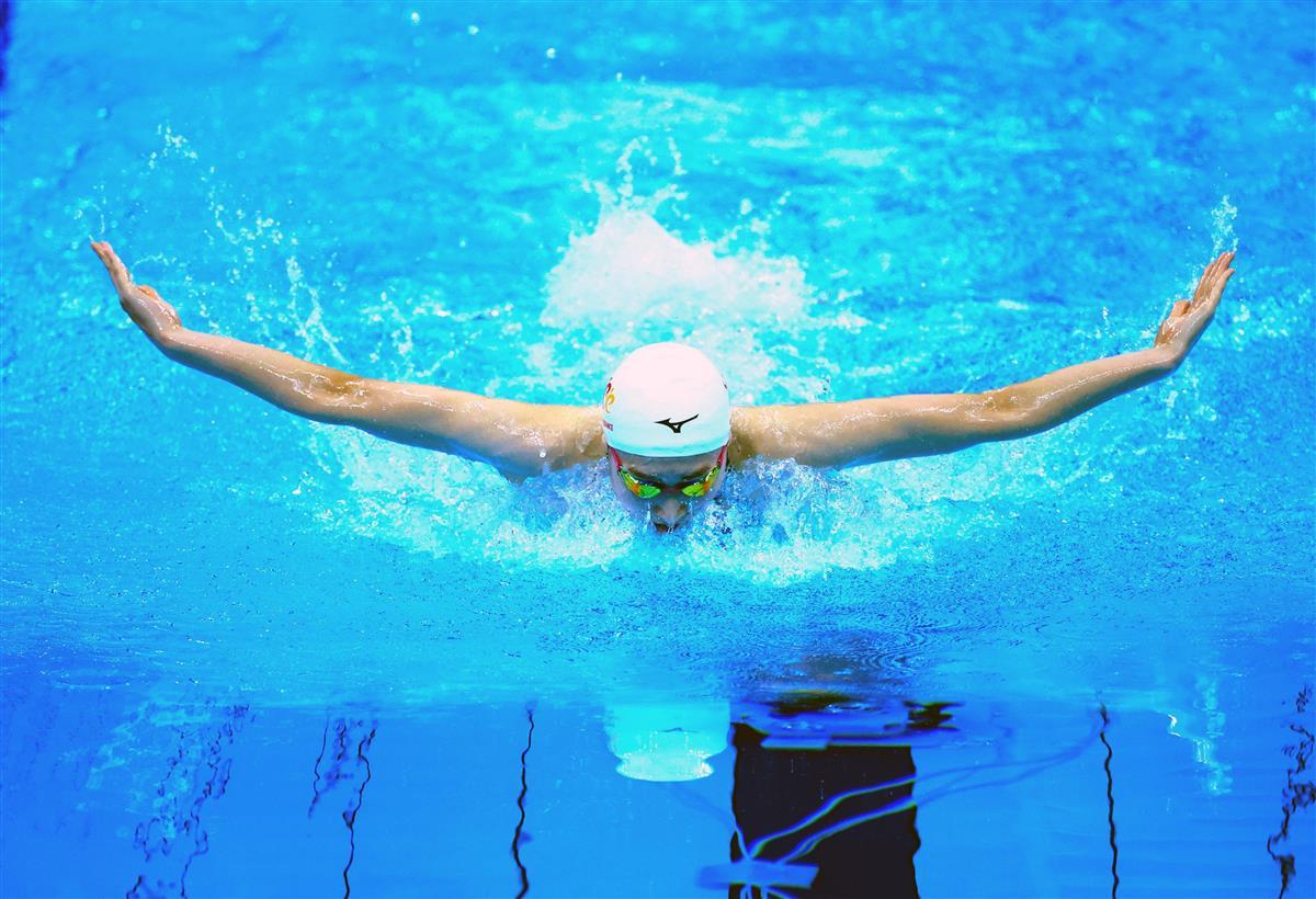 【競泳日本選手権 2日目】女子100メートルバタフライ決勝 優勝し東京五輪の400メートルメドレーリレー代表に内定した池江璃花子=東京アクアティクスセンター(代表撮影)